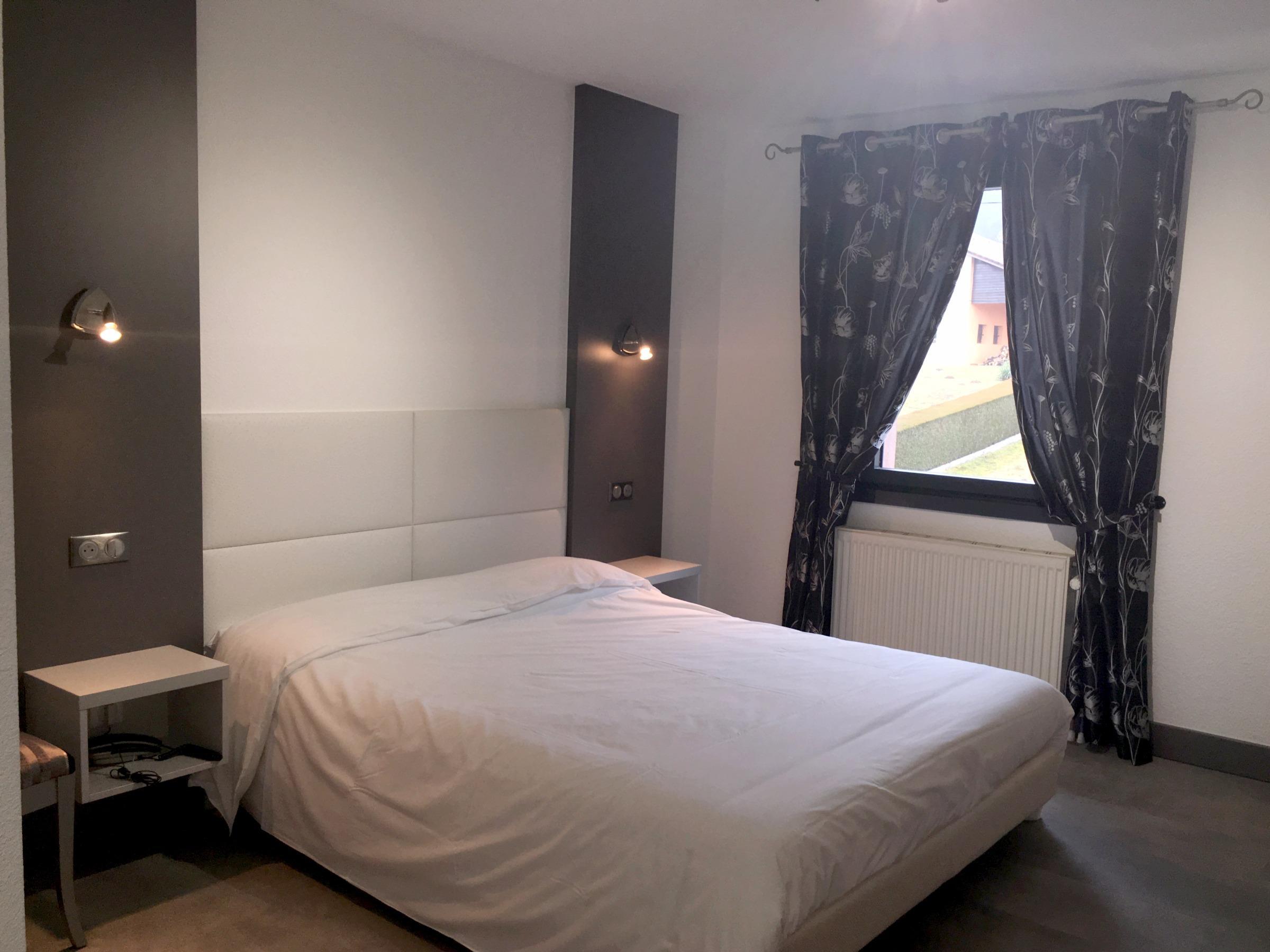 Comparator Hotel Le Regal Saint Die Des Vosges Booking Hotels