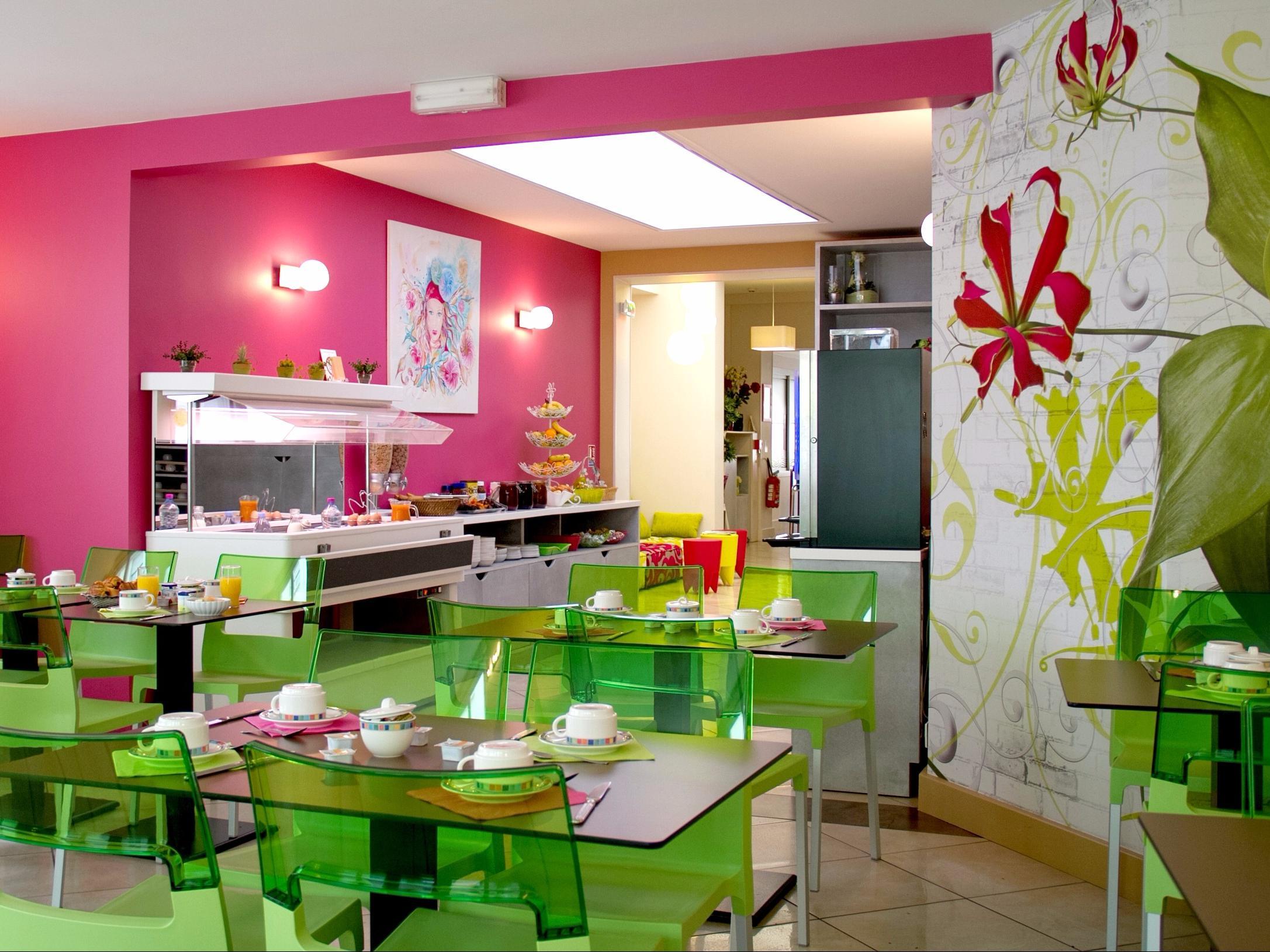 Hotels G tes et Chambres d h´tes  proximité de la Gare des