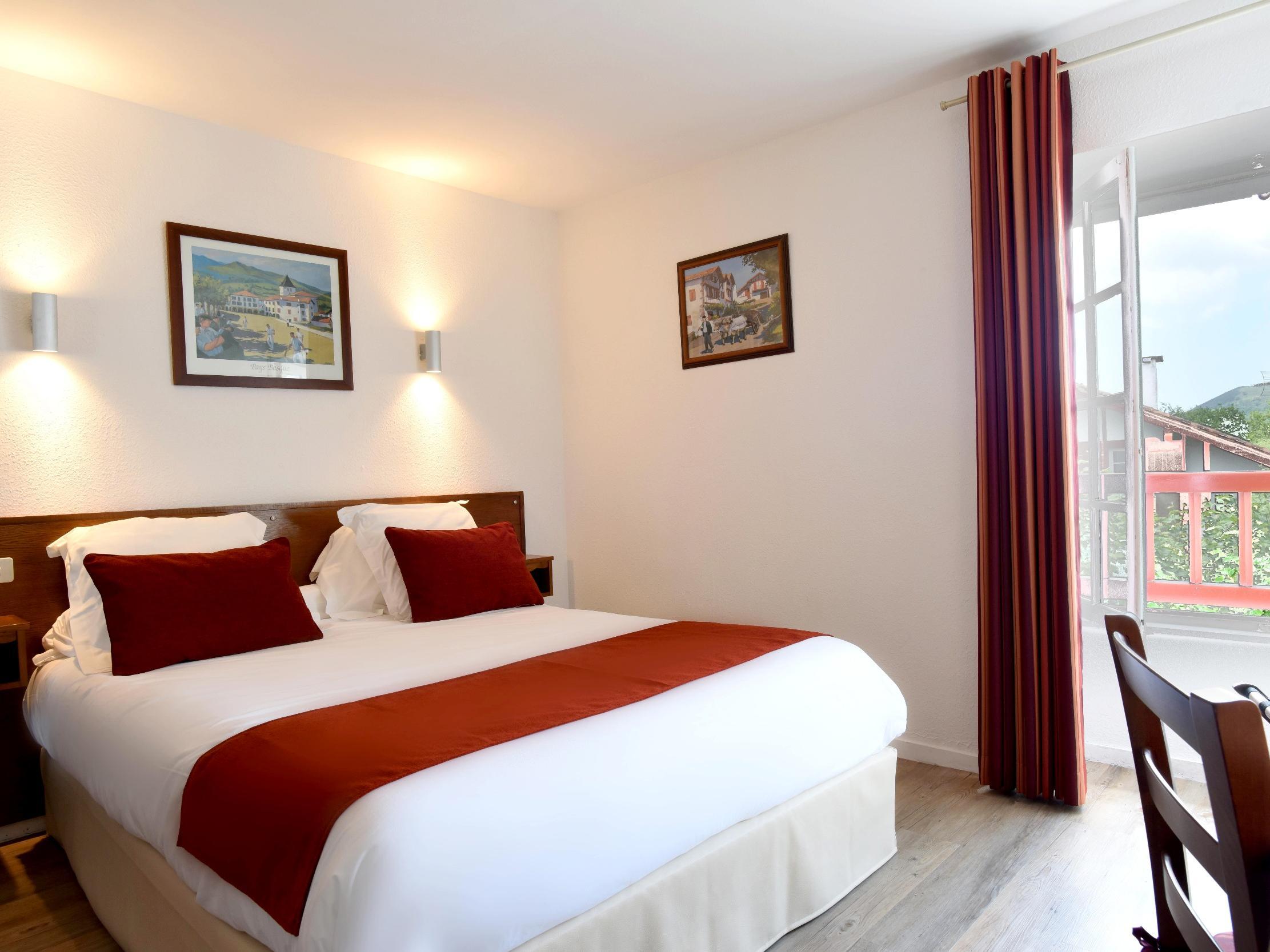 Hotels G tes et Chambres d h´tes  proximité du Petit Train de La