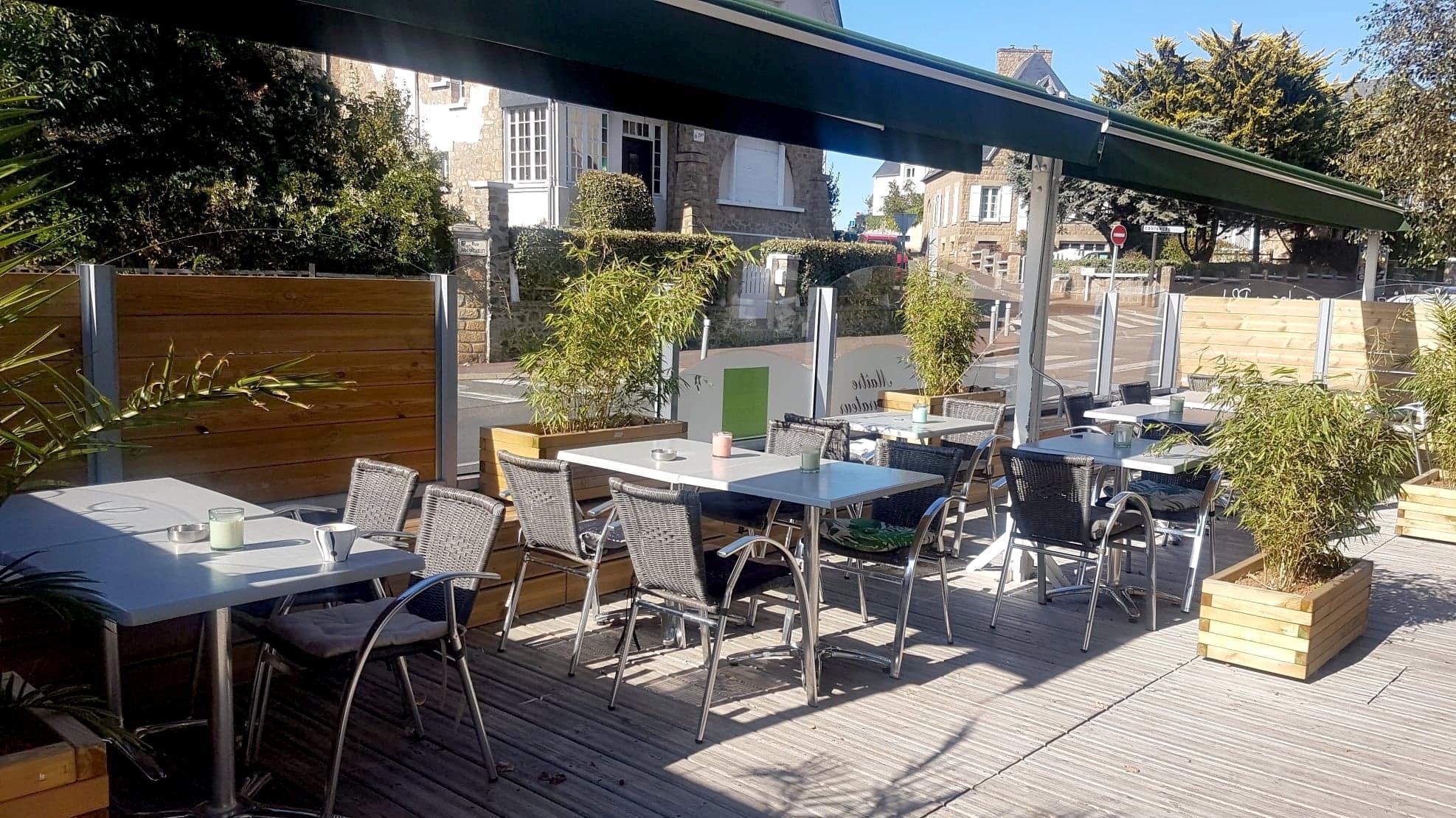 Logis Hôtel Restaurant Maison Pléville, Hôtel Logis ...