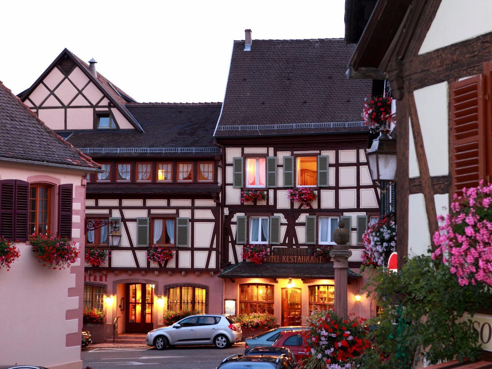 Hotels G tes et Chambres d h´tes  proximité de La Montagne des