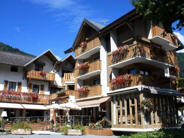 Logis Hôtel Gai Soleil - hotel-black-diamond-lodge-restaurant-ste-foy-tarentaise-561557
