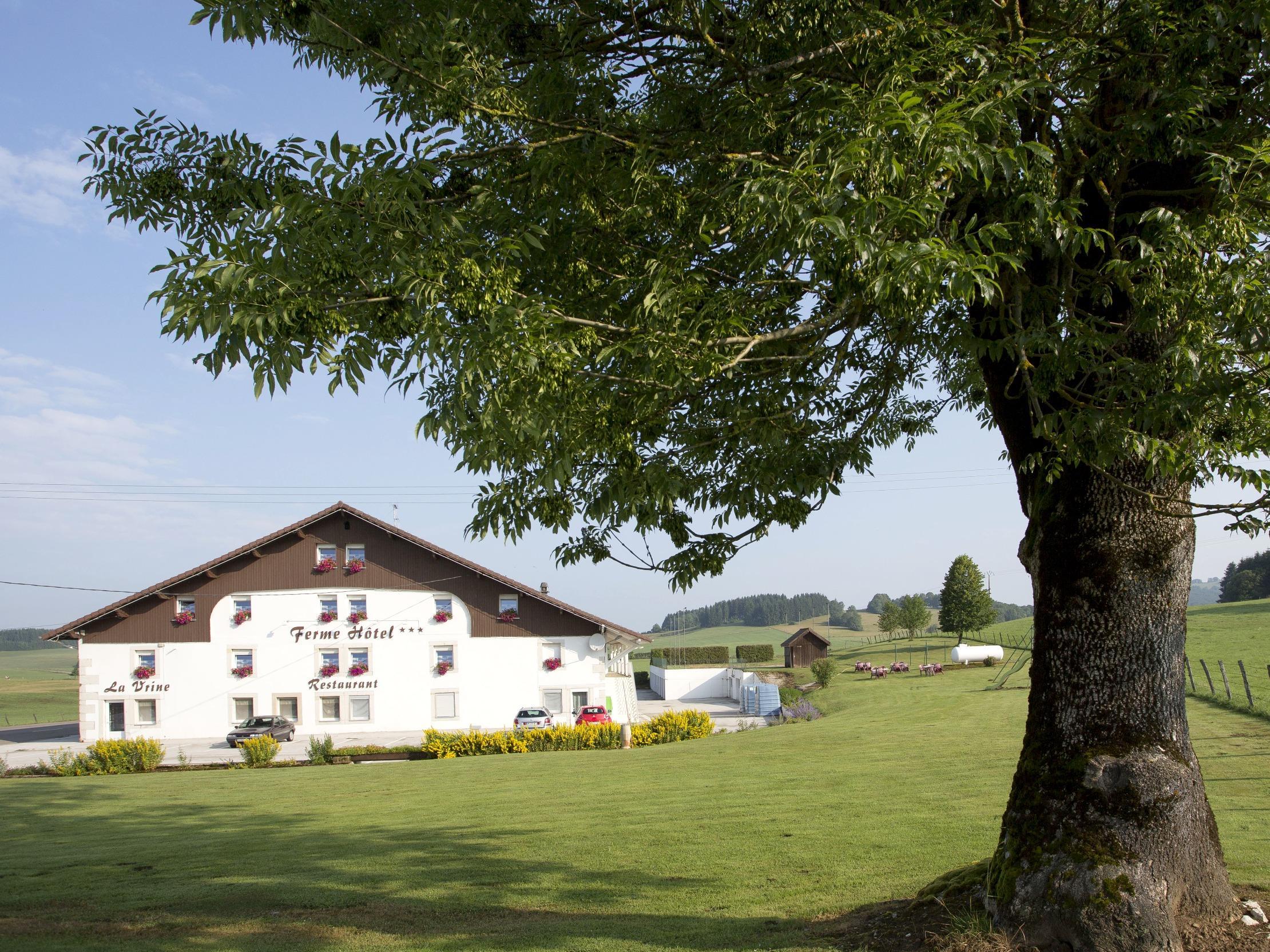 Hotels Chambres d h´tes locations de vacances et appartements