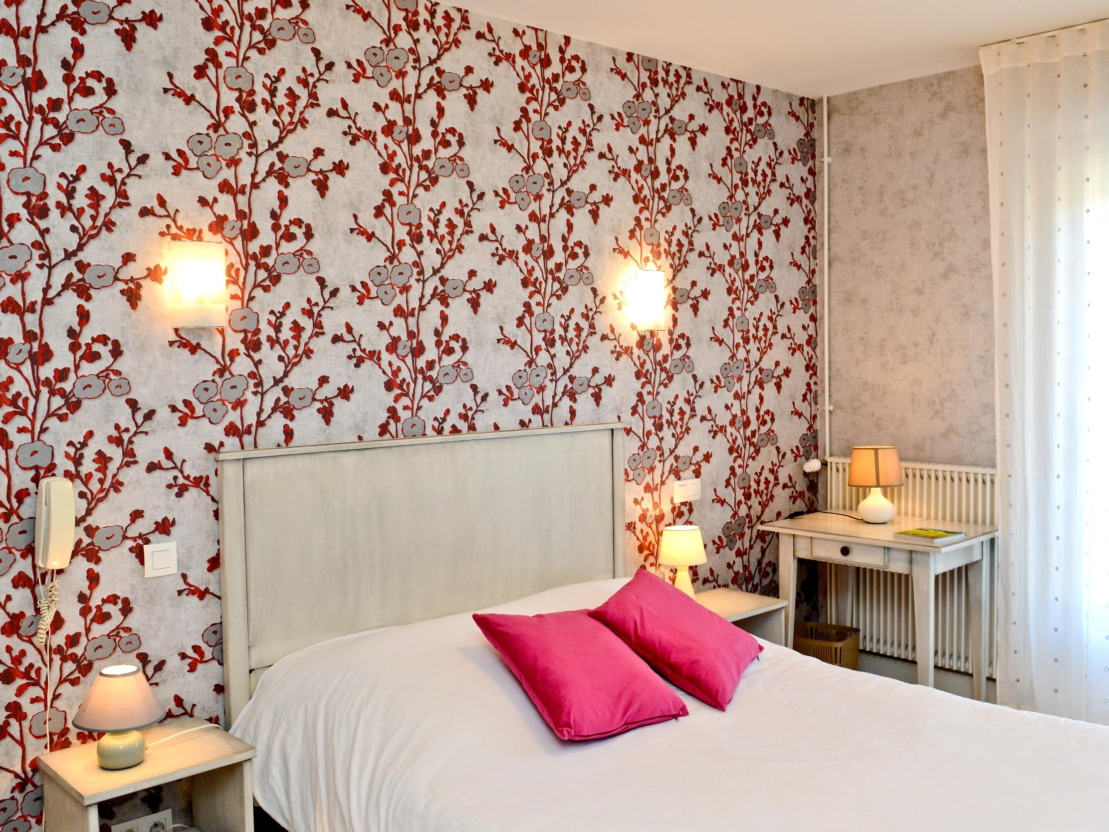 Hotel Chez Germaine Geüs d Oloron