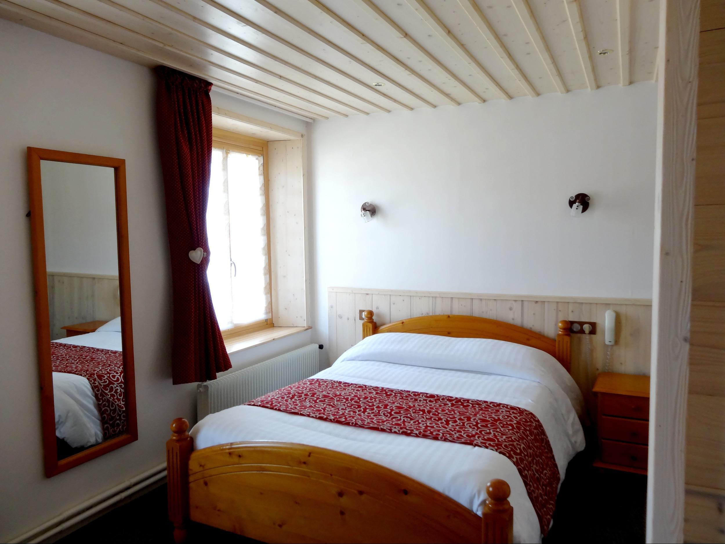 Hotel les Sapins Longevilles Mont d Or