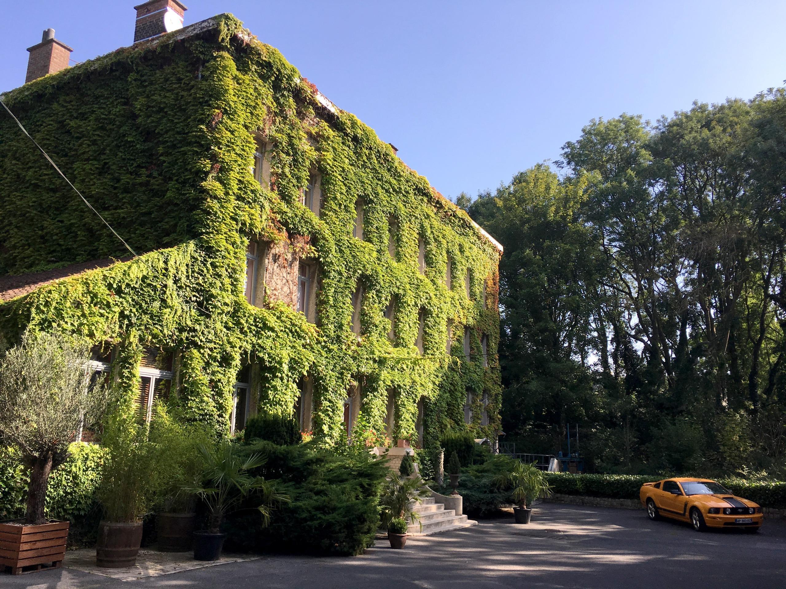 Logis Hôtel le Moulin d'Artres, Hôtel Logis ARTRES, séjour ...