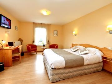 Logis Hotel Spa Rest Le Provence Hotel Logis Lanarce Sejour