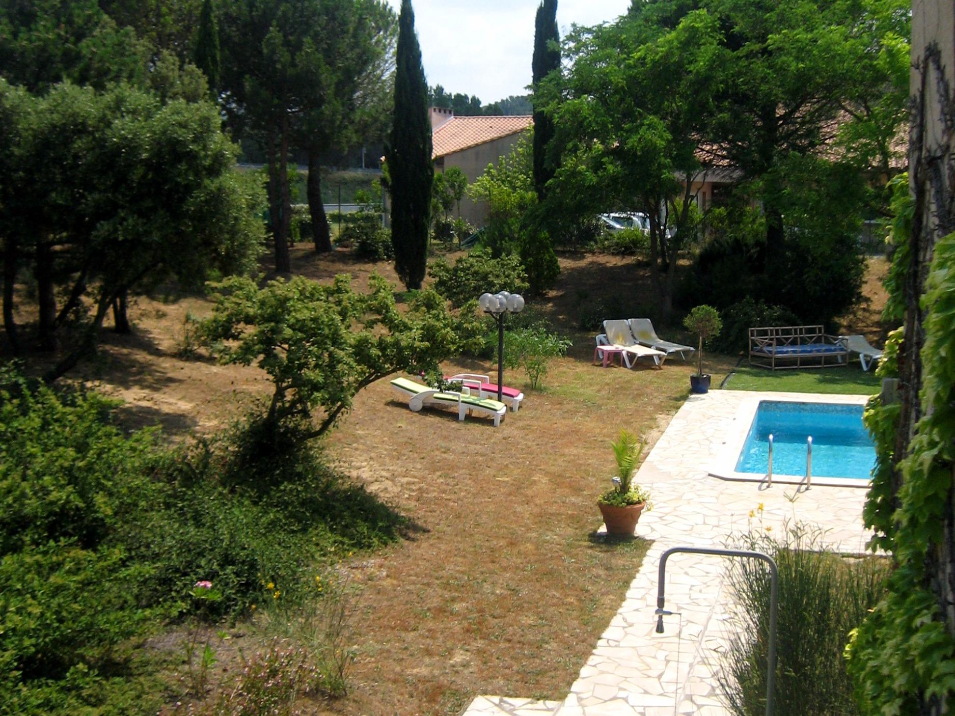 Hotel la gentilhommi re tr bes for Piscine trebes