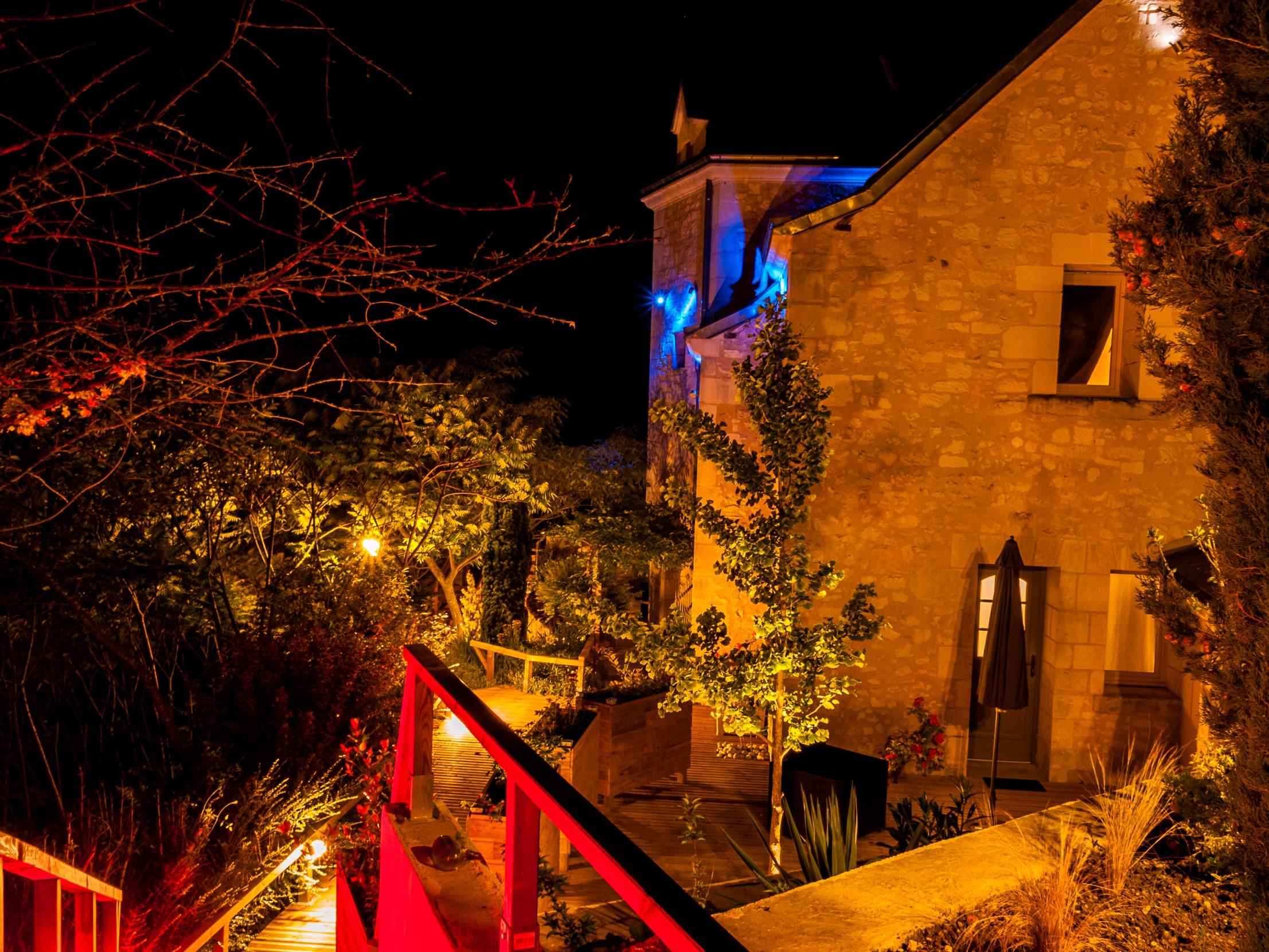 Hôtel Troglododo, Hôtel Logis AZAY LE RIDEAU, stay Loire Valley