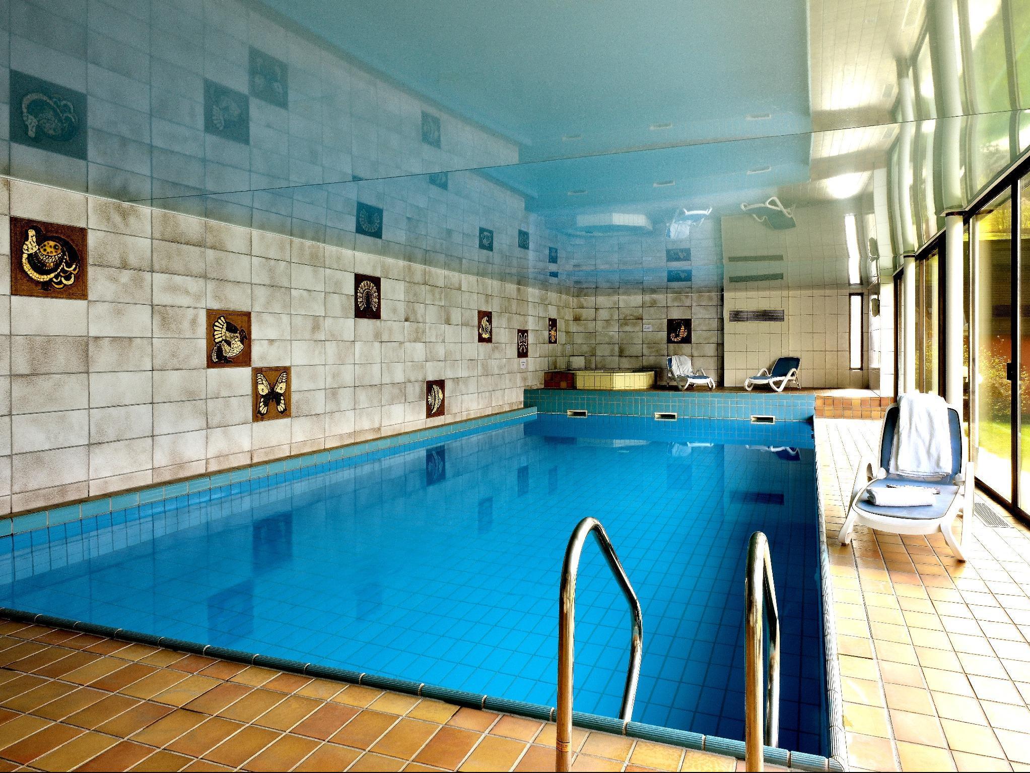 Hostellerie motel au bois le sire orbey for Piscine kaysersberg