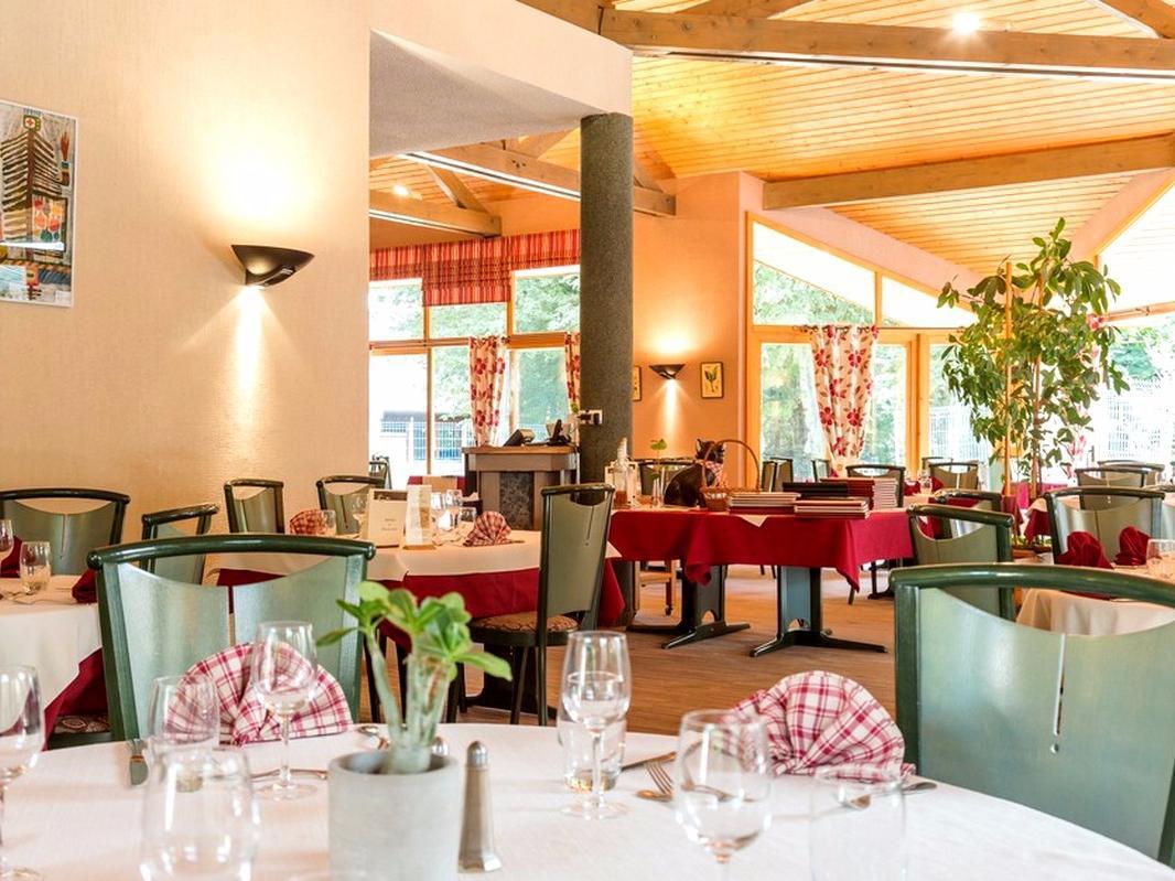 Hotel Le Bois Dormant Champagnole # Hotel Le Bois Dormant Champagnole