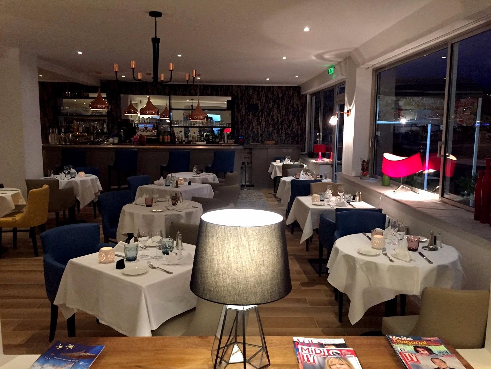 H U00f4tel Restaurant Le Galion Canet Plage