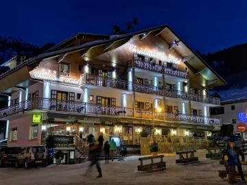 Logis Hôtel Christiania - hotel-black-diamond-lodge-restaurant-ste-foy-tarentaise-561557