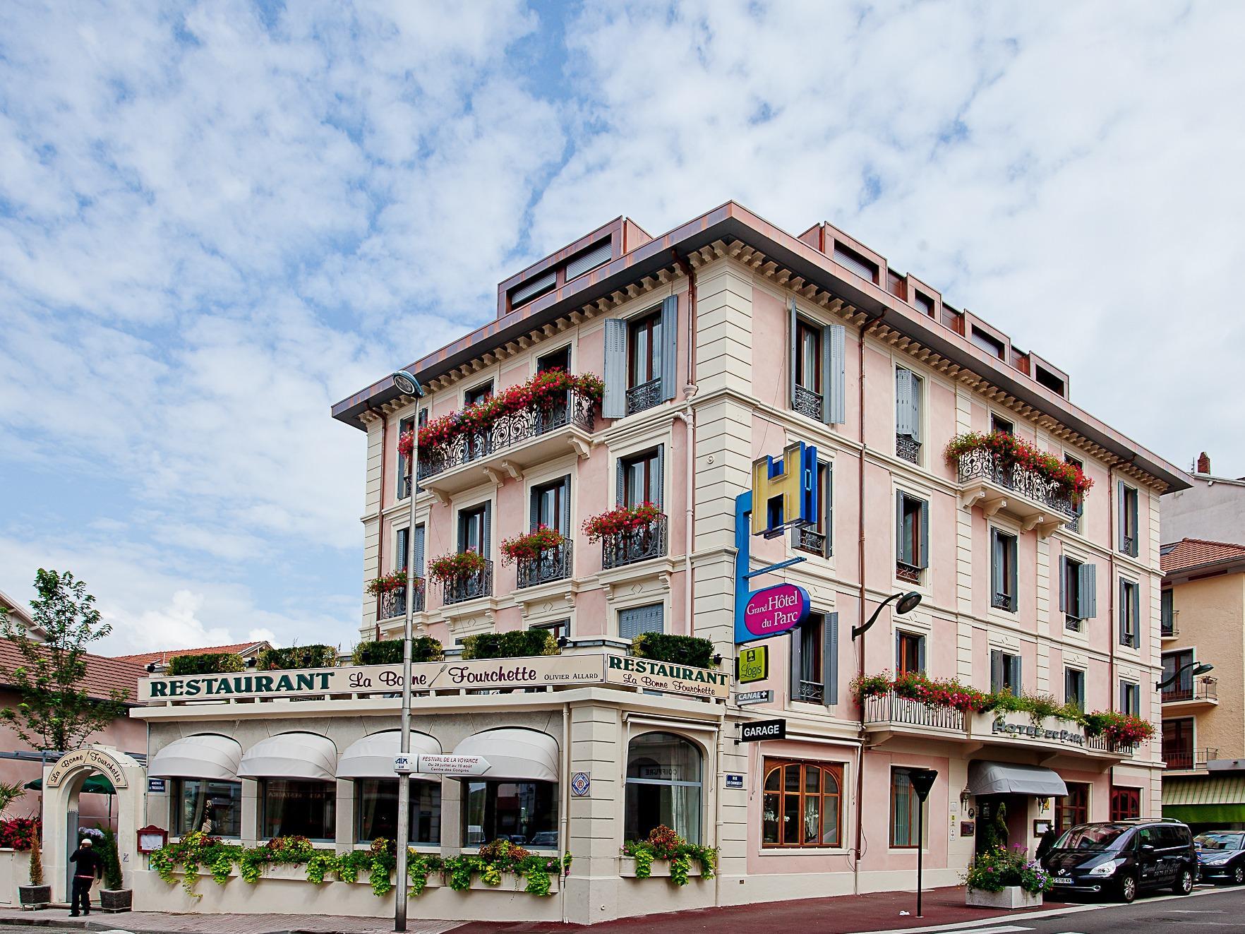 Grand hotel du parc aix les bains - Restaurant la folie des grandeurs aix les bains ...