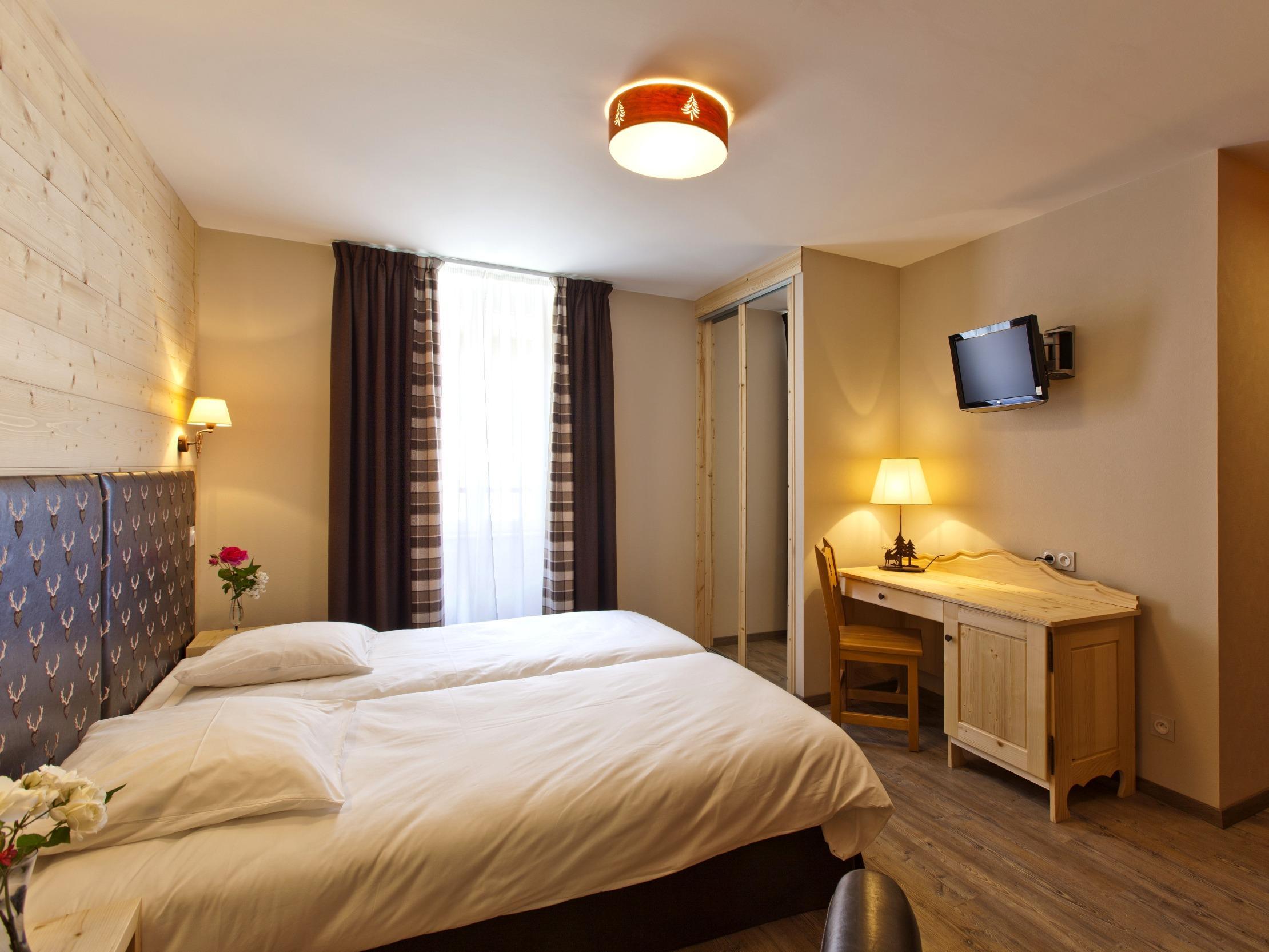 Hotel les 2 Lacs Clairvaux les Lacs