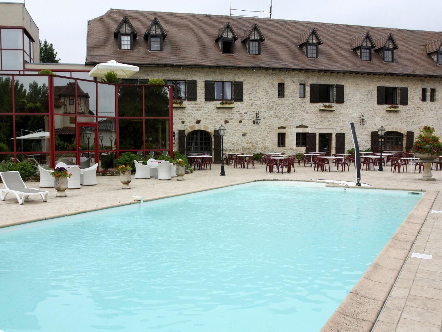 Auberge la di ge capdenac gare for Capdenac piscine