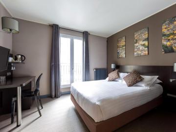 Hotel Jardin De Villiers Hotel Logis Paris Sejour Ile De France