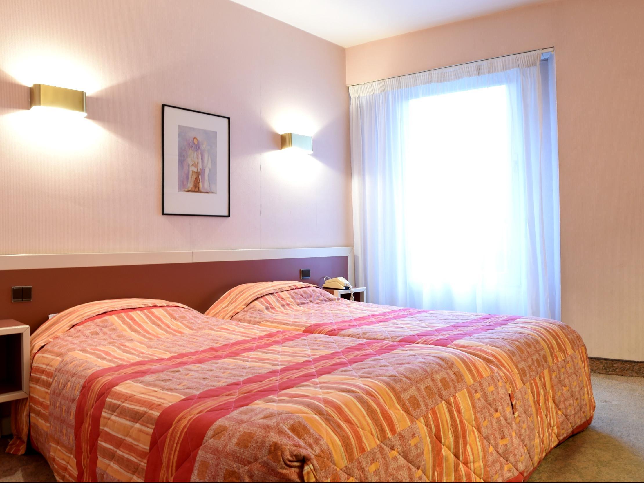 Hotels G tes et Chambres d h´tes  proximité du Casino d Ax les