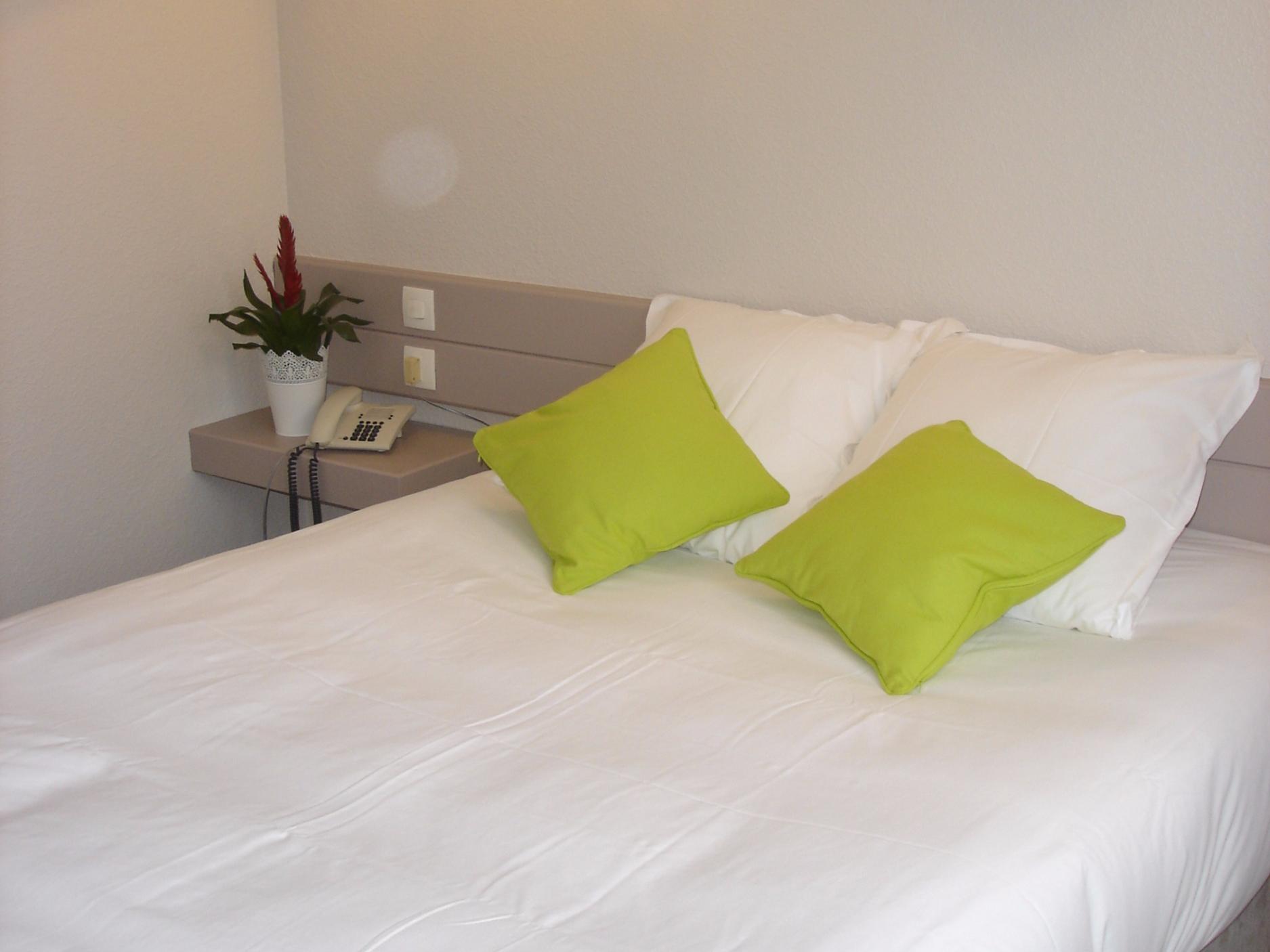 Hotels G tes et Chambres d h´tes  proximité du Ch¢teau de Candé