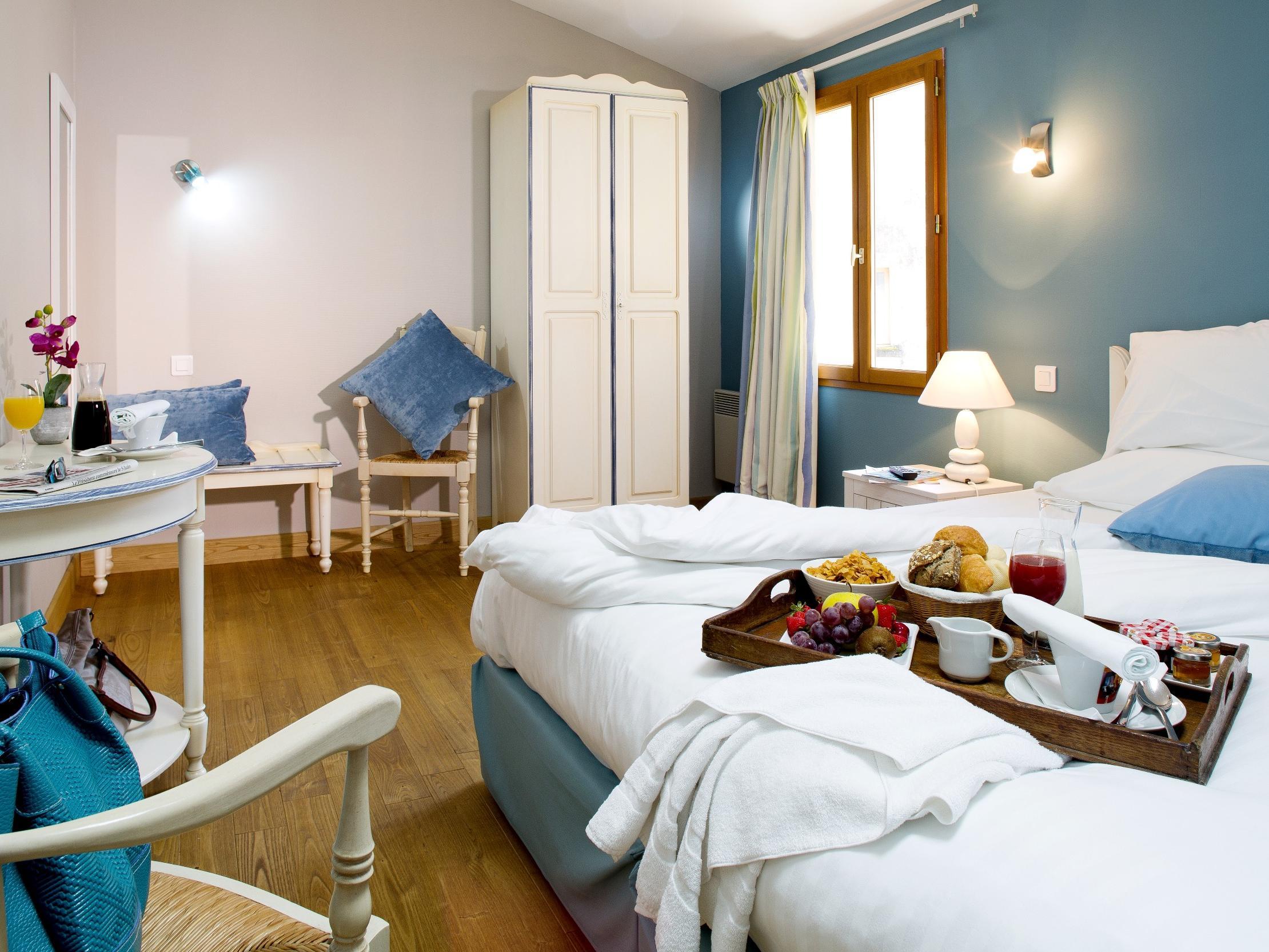 Hotel les Flots Bleus Beaulieu sur Dordogne