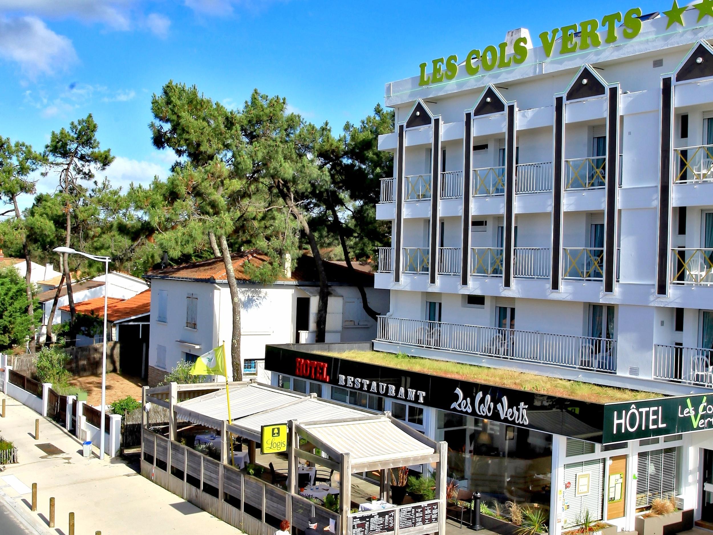 Comparateur hotel les cols verts la tranche sur mer for Hotel comparateur