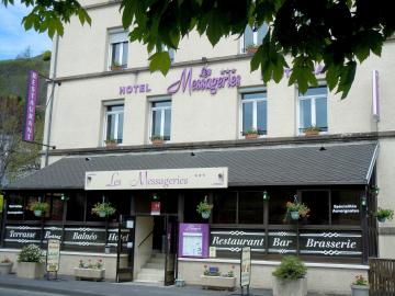 Hôtel les Messageries - hotel-robert-restaurant-giat-485930